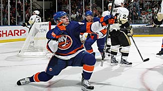 Tavares/Isles fall to Sid in debut, Wang image conscientious, Gionta beats Sabres thumbnail