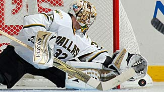 lehtonen_kari_stars_makes_save_325x183.jpg