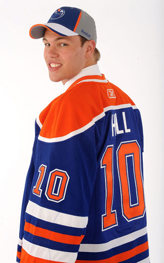 http://cdn.nhl.com/oilers/images/upload/2010/06/20100625_hall-325b.jpg