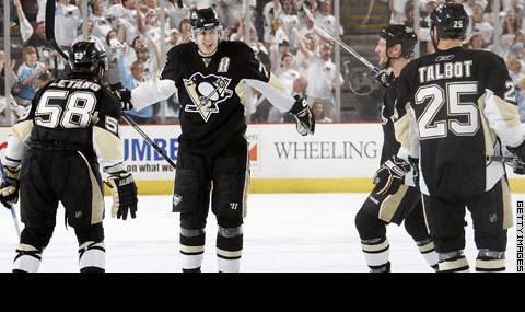 Video of Day: Malkin?s amazing playoff hat trick, Versus screws up again! thumbnail
